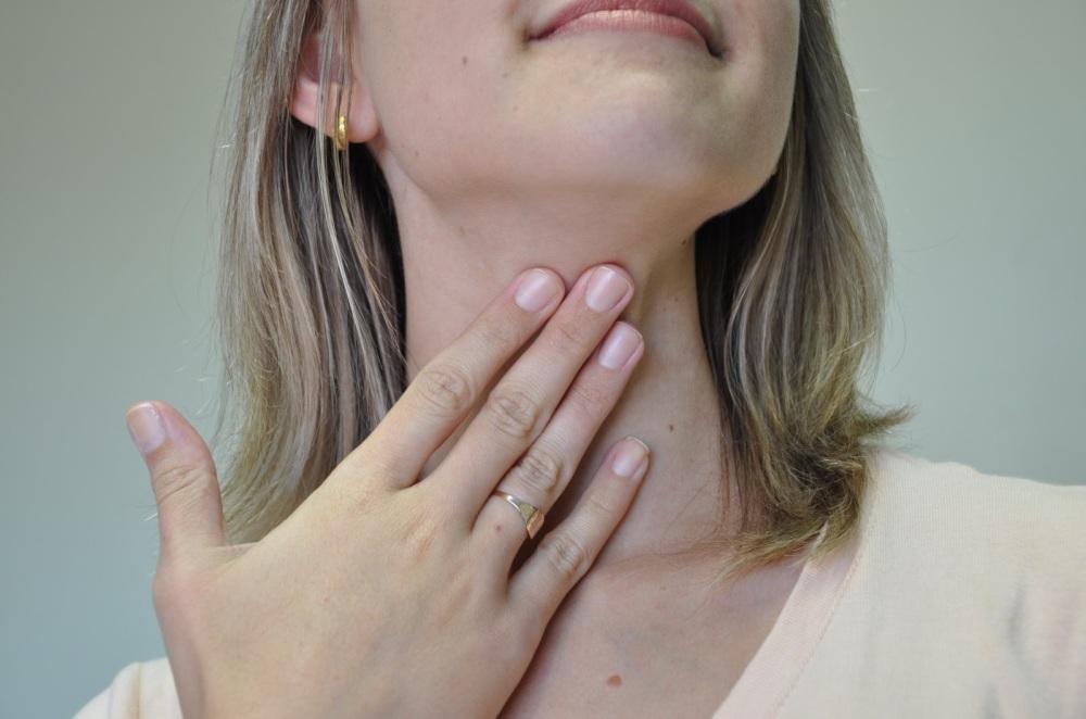 dificuldade-para-engolir-odontoclinic-campo-grande
